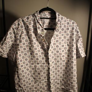 Men's GAP Short Sleeve Button Down Shirt
